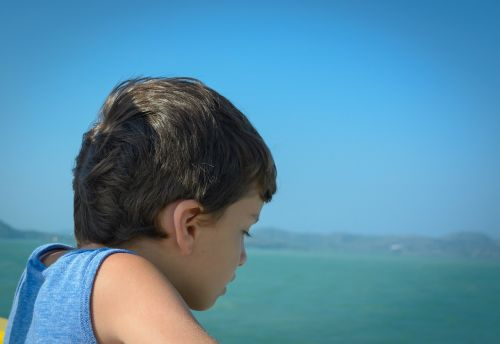 kid innocent child
