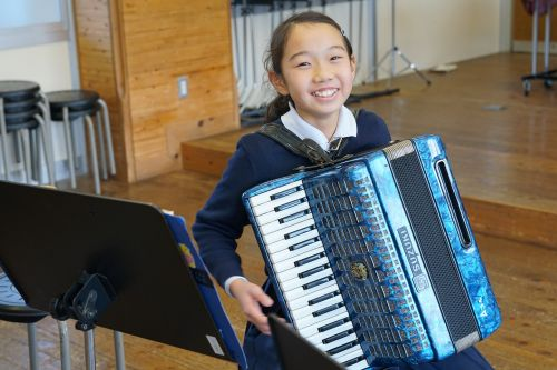 kids music accordion