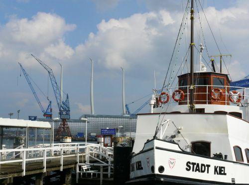 kiel port ship