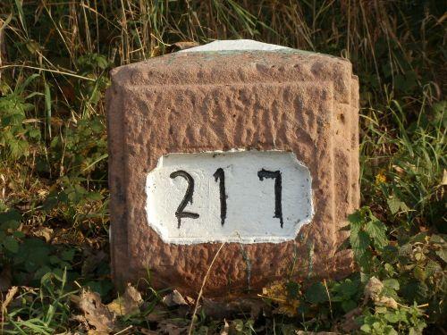 kilometer stone distance