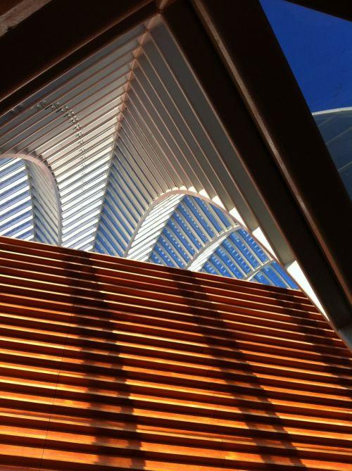kimmel center shapes building