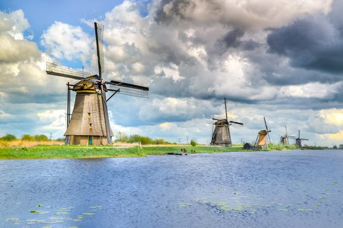 kinderdijk  dutch  netherlands