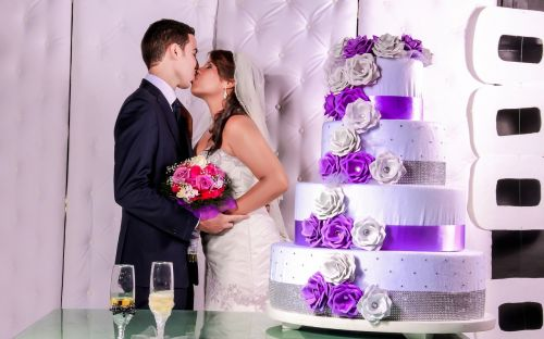 kiss wedding grooms