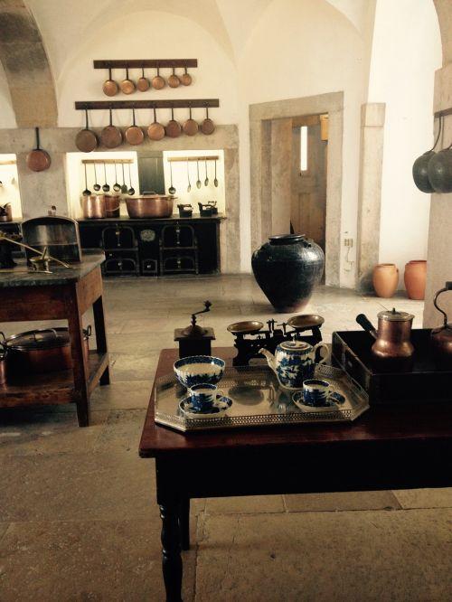 kitchen tableware cook