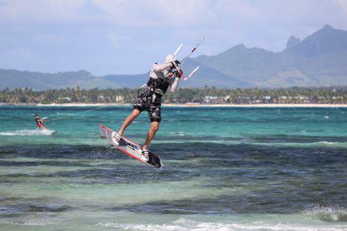 kite surfing water