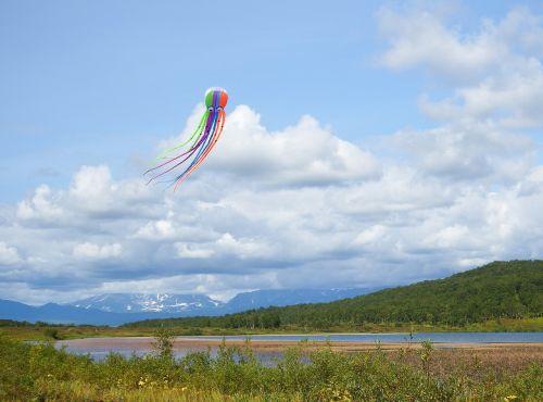kite lake clouds