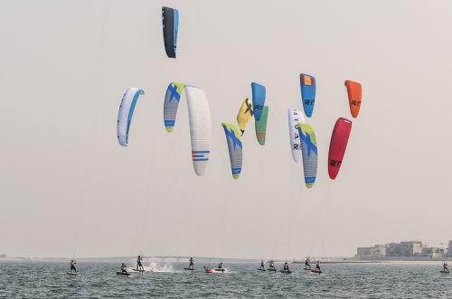 kite boarding qatar pearl