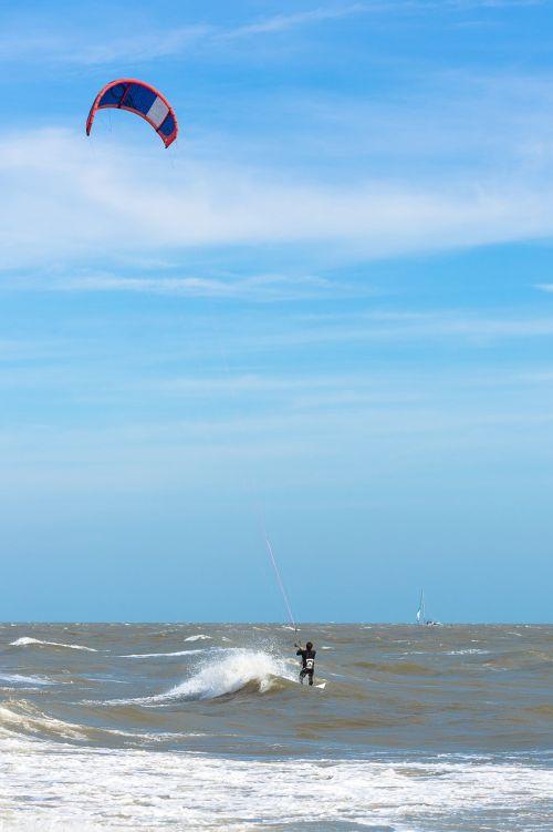 kite surfer wind sea