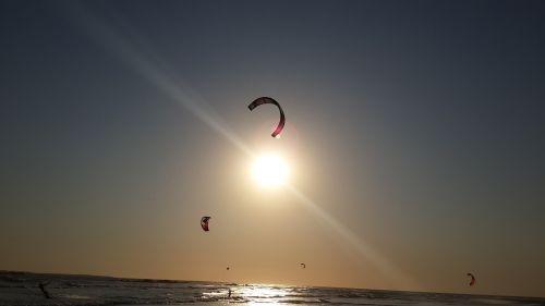 kite surfing sun summer
