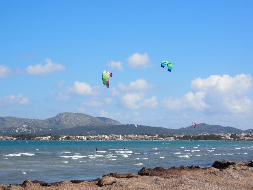 kitesurfer sport sea