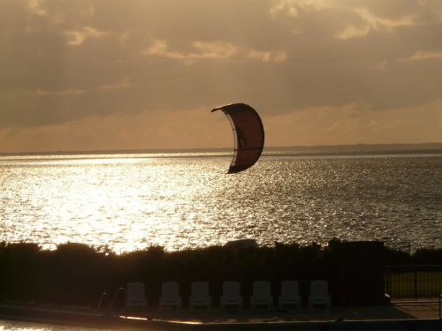 kitesurfer kite water sports