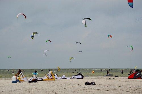 kiting  kiteboarding  kite surfing