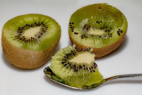 kiwi kiwi halves chinese gooseberry