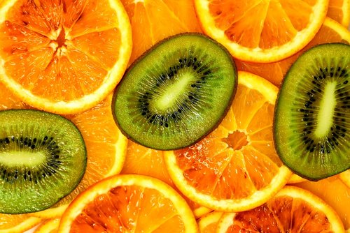 kiwi  oranges  blood oranges