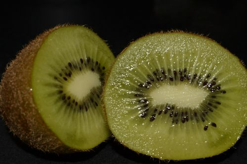kiwi fruit green seeds