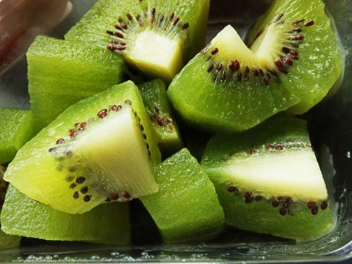 Kiwi Fruit Pieces