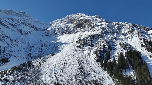 kleinwalsertal alpine wildental