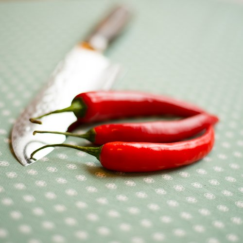 knife  sharp  peppers