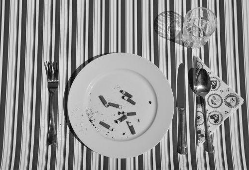 peilis,šakutė,šaukštas,plokštė