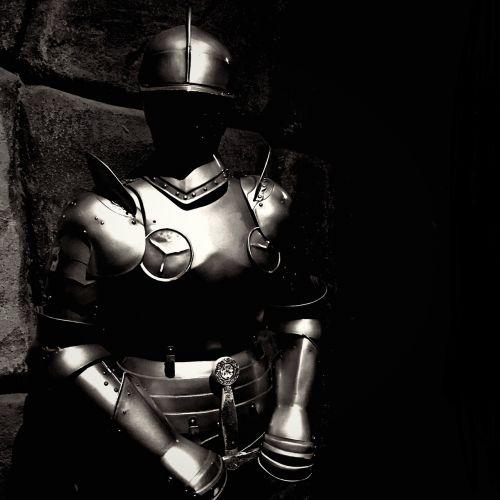 knight full armed m