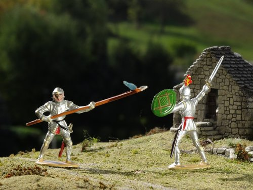 knight  figures  duel