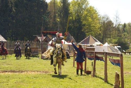 knight middle ages knight game