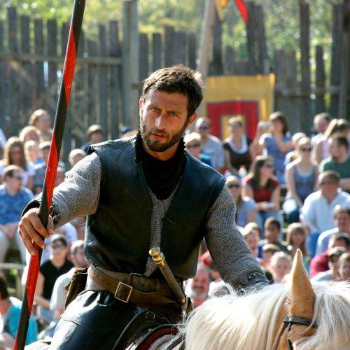 knight lance medieval