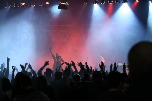 koalika concert stage