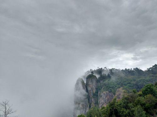 kodaikanal rock pillars nature