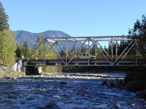 kootenay county river iron bridge
