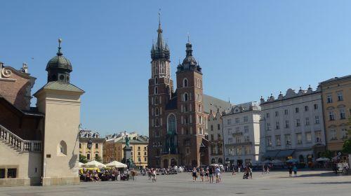 krakow poland st mary's church