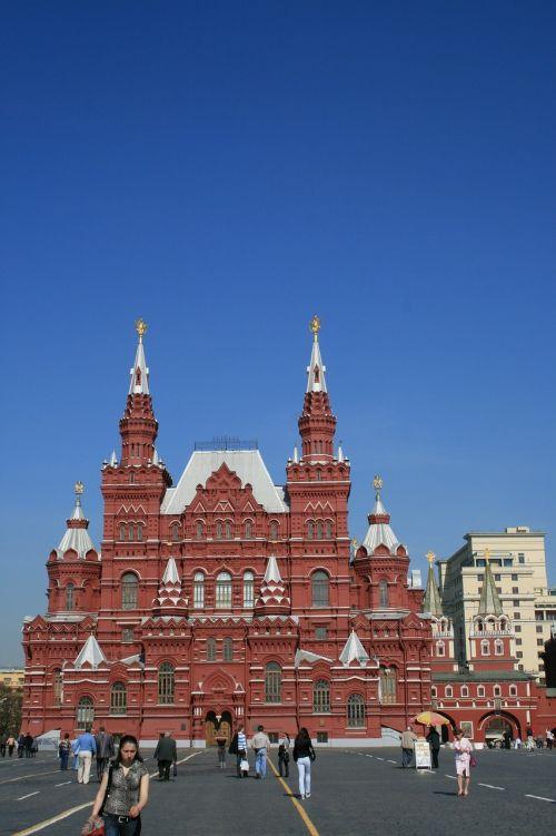 kremlin red square blue sky