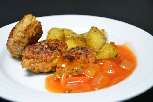 kyllingefrikadeller potatoes meatballs