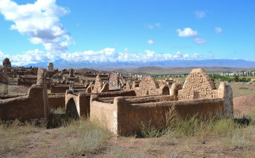 kyrgyzstan cemetery muslim