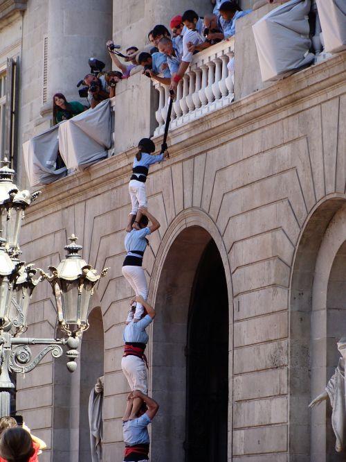 la merce barcelona acrobats