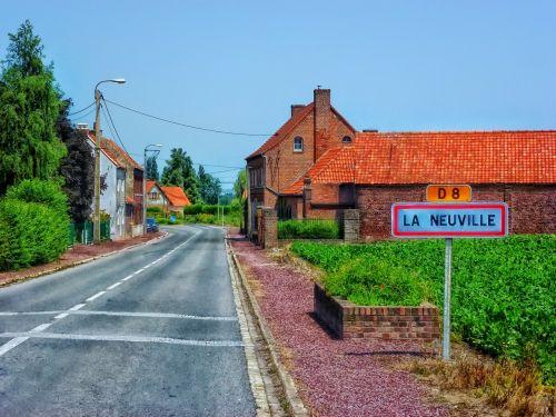 la neuville france village