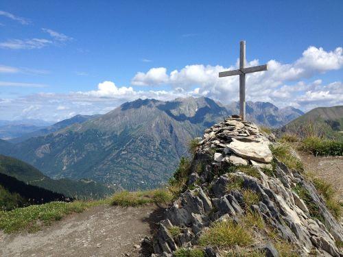 la salette cross mountains