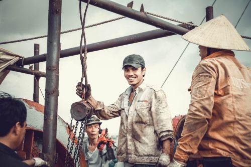 labor repair sea
