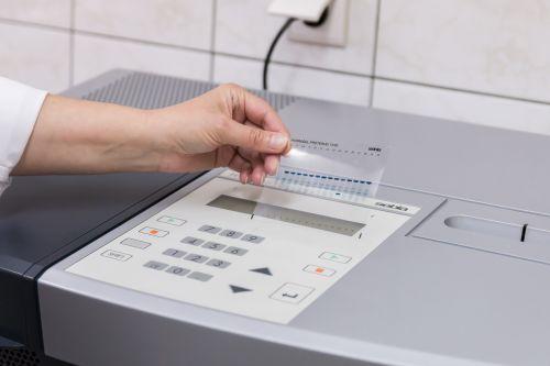 laboratory analysis diagnostics