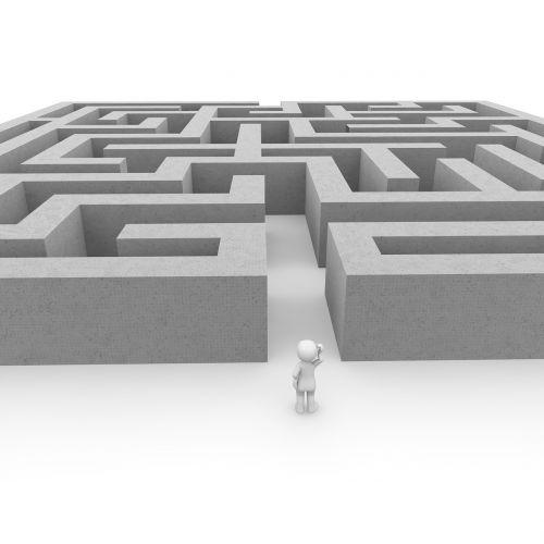 labyrinth run complicated