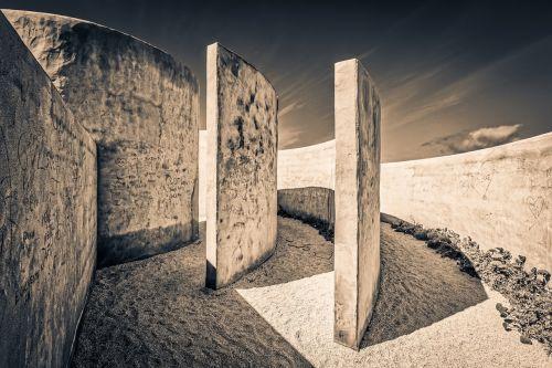 labyrinth travel stone