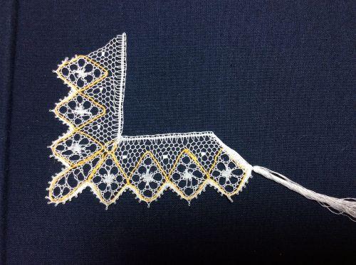 lace lacemaking bobbin