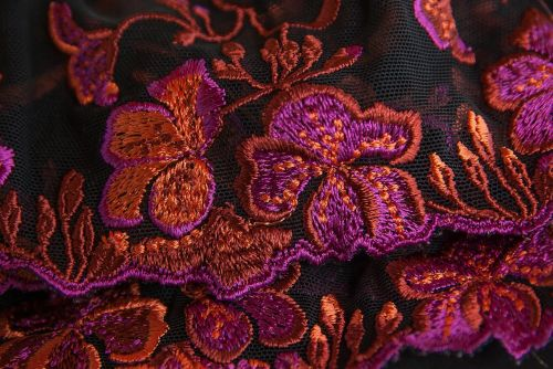 lace embroidery couture