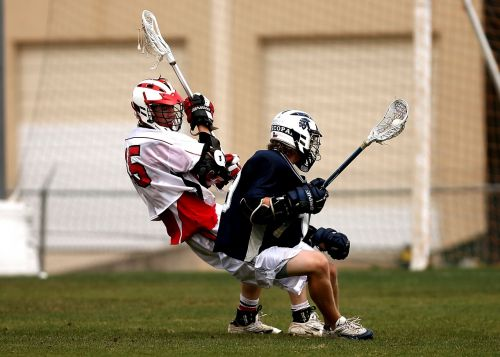lacrosse players clash