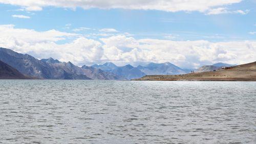 ladakh lake india