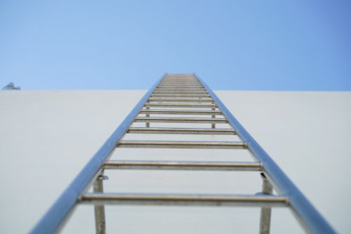 ladder the rooftop vertical