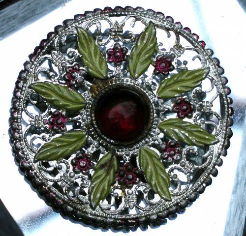 Ladies Antique Brooch