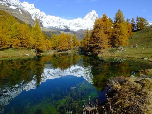 lago bleu valle d'aosta aosta valley