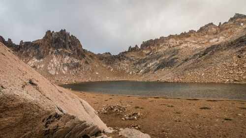 laguna schmoll patagonia cerro catedral