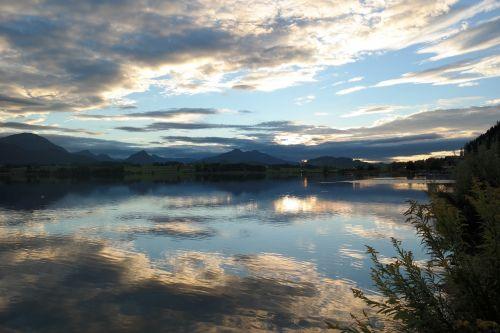 lake reflections mountain panorama